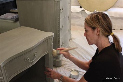 chalk paint tips from the pros great faq and tips fantastic sloan chalk painting