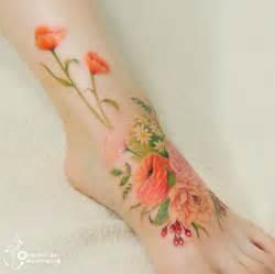 11 tatouages floraux imitent des peintures 224 l aquarelle sur la