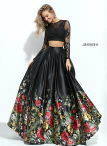 black sleeved sherri hill 50599 floral two piece lace prom