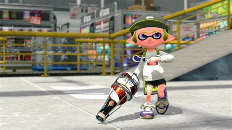 splatoon 2 strategy guides release tomorrow available from amazon jp splatoon 2 s next new weapon is the squeezer nintendo life
