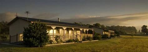 Lovedale Cottages Valley by Cottages On Lovedale Sydney