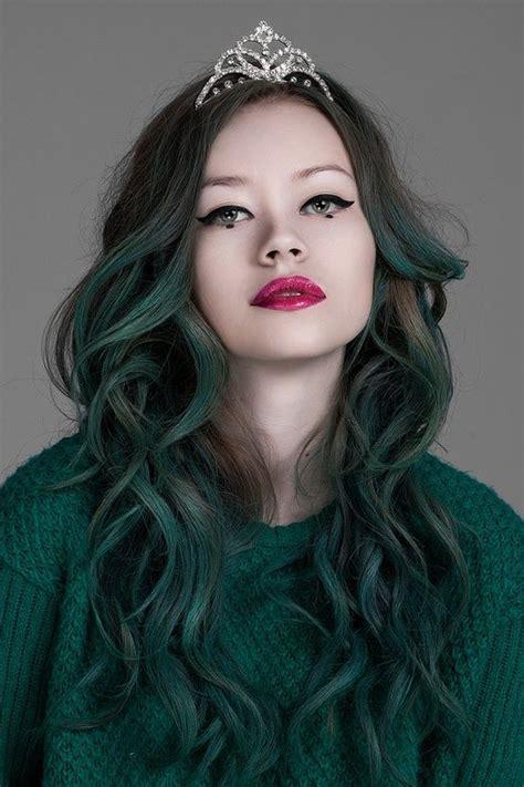 emerald hair color jade emerald green hair captivating