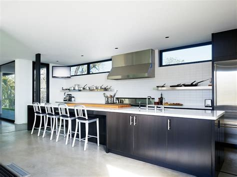 long kitchen vacation home in mendocino county california