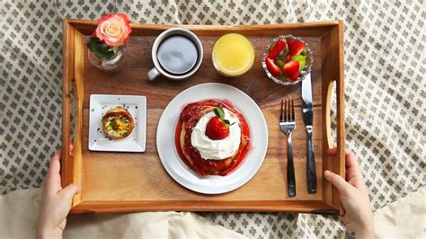 bed and breakfast com strawberry shortcake pancake breakfast in bed youtube