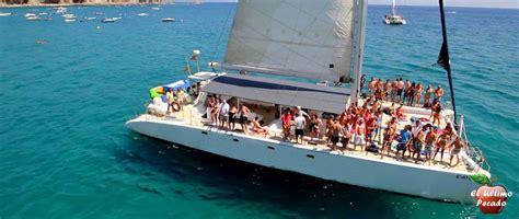 catamaran center barcelona fiesta en catamaran barcelona el 218 ltimo pecado