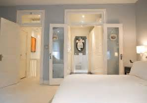 23 master bedroom with walk in closet and bathroom cheapairline info