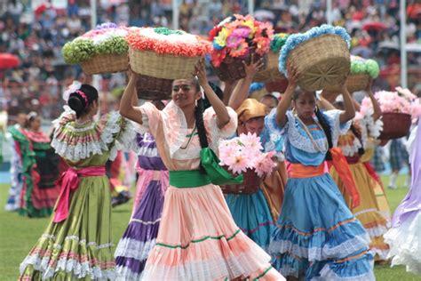 salvadoran culture traditions enjoy el salvador