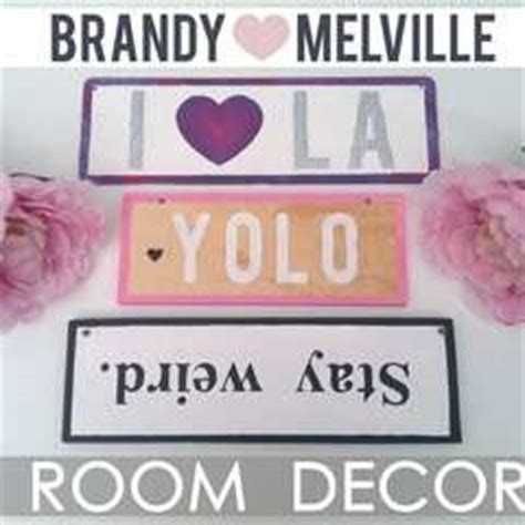 brandy melville home decor diy barn wood picture board 183 how to make a plaque sign