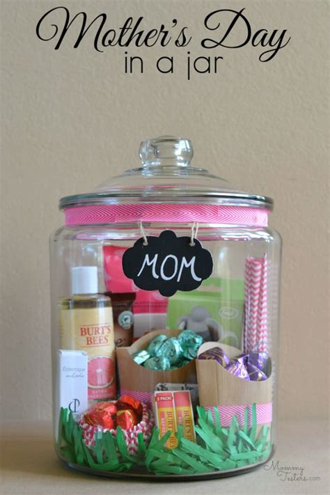 34 creatively thoughtful diy mother s day gifts sister