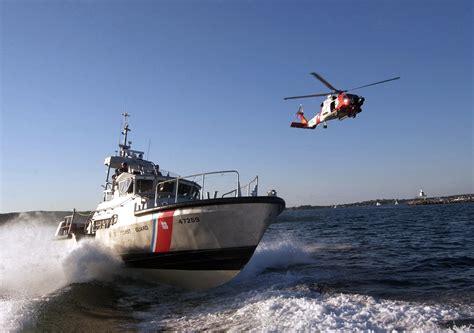 Cost Garde File Us Navy 050826 C 2023p 796 U S Coast Guard Assets A