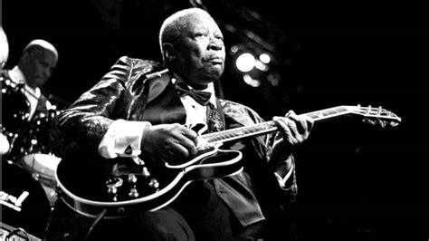 royalty   moody blues instrumental  guitar  youtube