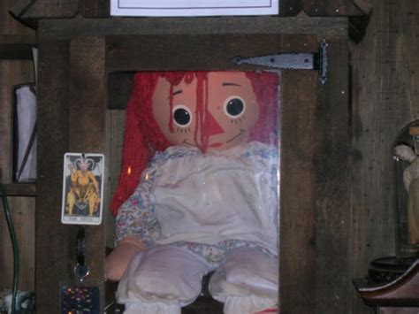 annabelle doll in museum annabelle doll warren occult museum images