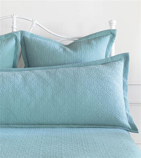 aqua quilts coverlets turquoise matelasse coverlet 28 images reversible