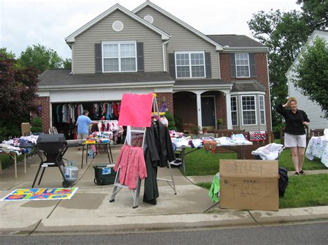 yard sale shopping 101 tips for finding garage yard