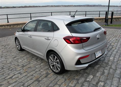 hatchback hyundai accent hyundai accent hatchback in canada hyundai