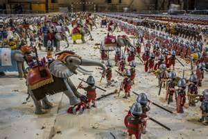 photos un record du monde de playmobil va 234 tre battu en is 232 re