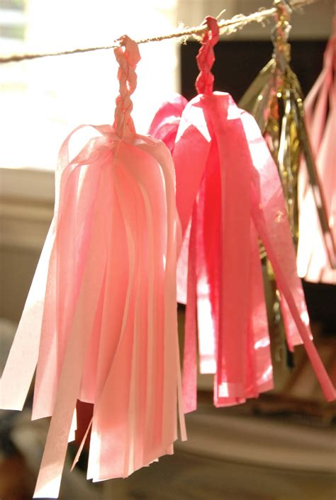 How To Make Tissue Paper Tassels - blue eyed yonder diy tissue paper tassels vintage event