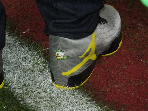oregon duck shoes bowl oregon vs florida state see the