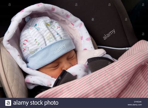 infant sleeping in car seat safe newborn baby a day asleep in car seat leaving