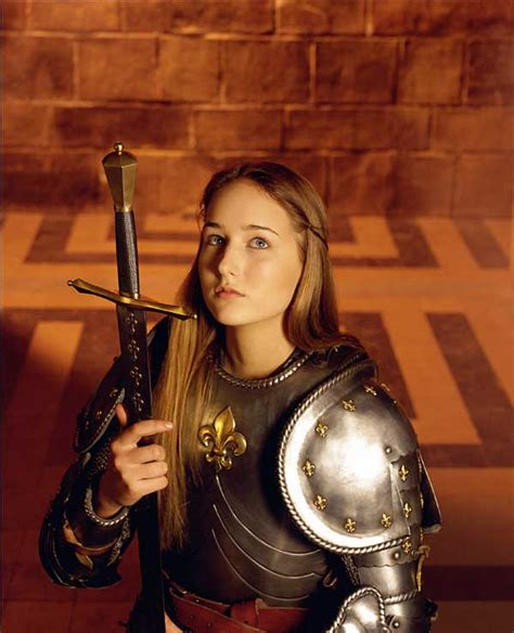 page boy cut joan of arc leelee sobieski 27 quot joan of arc quot now