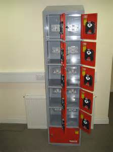battery bank 11 door cabinet for charging power tool batteries 240 volt only refurb 187 product
