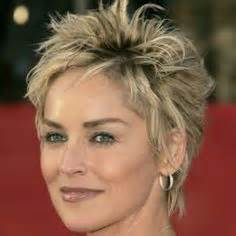should women in their 40s wear short pixie cuts extra short pixie haircut for older women hairs