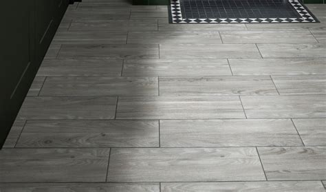kitchen flooring ideas uk 2018 best kitchen flooring 2018 the toughest and most stylish flooring from 163 23 expert reviews
