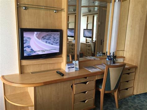independence   seas category  balcony stateroom