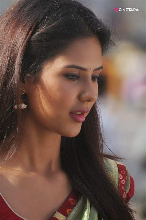 sonam bajwa sonam bajwa spicy gallery sonam bajwa wallpapers 02 sonam bajwa hot pics 1984 punjabi movie actress 5 pics