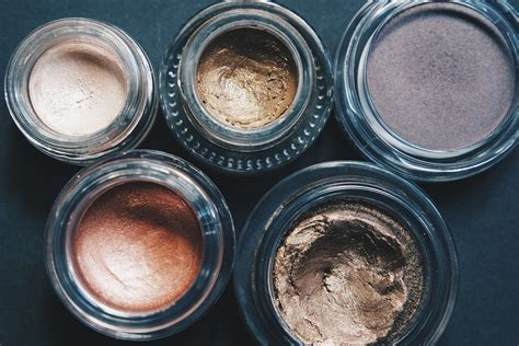 8 Prettiest Eyeshadows by Best Of Eyeshadows That Grace