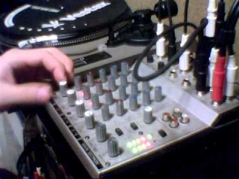 Mixer Behringer Mx 2442a mixer feedback behringer eurorack mx 602 a