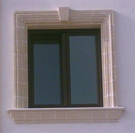 cornice finestre foto finestra con cornice in tufo di arte artigiana