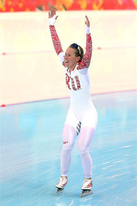 speed skater wardrobe malfunction at 2014 olympics
