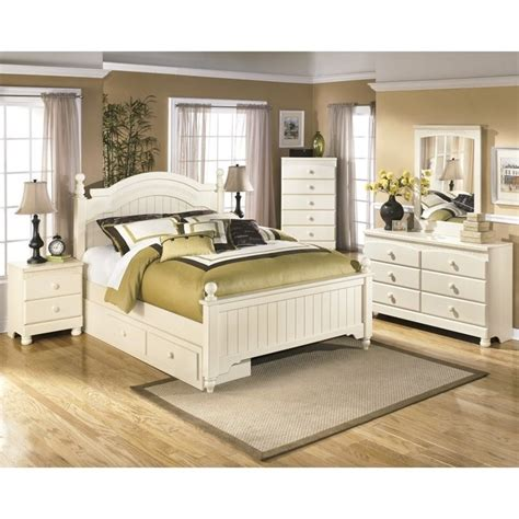 cottage bedroom set ashley cottage retreat 6 piece wood drawer bedroom set in