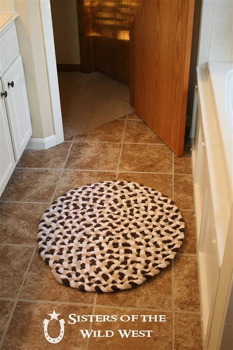 How To Make A Bathroom Rug 15 Diy Bath Mats Made From Unique Materials