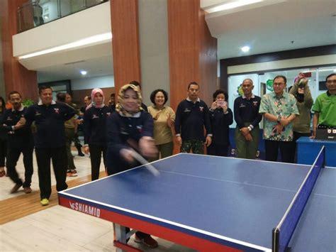 Meja Tenis Meja Turnamen turnamen tenis meja dibuka dengan pemukulan bola pertama