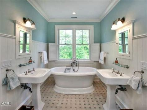 cottage style bathrooms 17 best images about cottage style bathrooms on pinterest