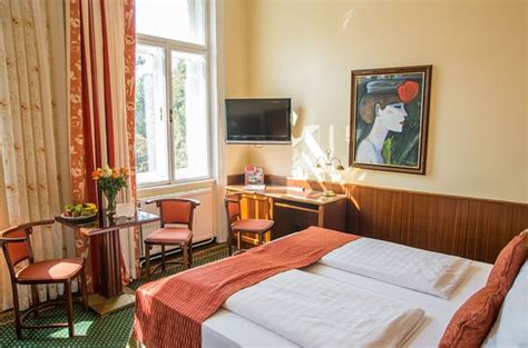 Room Age Rating Hotel Park Villa Vienna Austria Reviews Photos