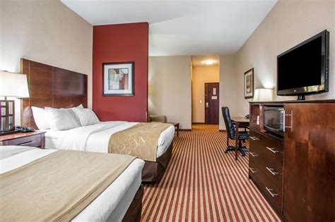 comfort inn and suites troy ohio comfort suites troy oh 1800 towne park 45373