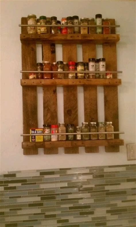 Pallet Spice Rack Ideas Pallet Wood Projects Best 25 Pallet Spice Rack Ideas On Kitchen Spice Rack Diy Diy Spice Rack And Spice