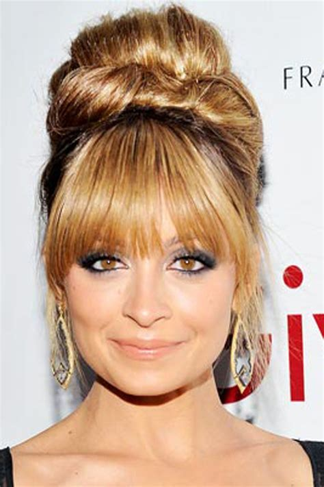 face shapes bangs how to cut your bangs according to your face shape
