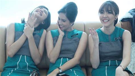 film mikha tambayong dan krisna jadi pramugari 3 artis cantik ini membuat netizen betah