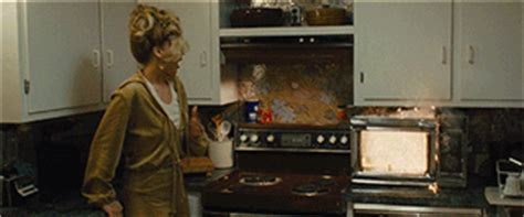 cooking gif jennifer lawrence cooking gif find share on giphy