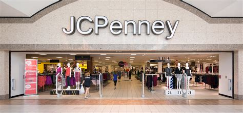 what time does jcpenney on jcpenney in dulles va dulles town center