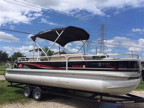 party boat fishing kemah tx 2014 sun tracker fishin barge 24 dlx power boat for sale