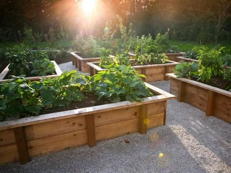 Des bac en bois pour le jardinage