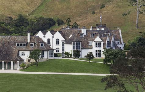Wedding Cake House Paritai Drive by Paradise Or Ghastly Coutts Mansion Nears Completion