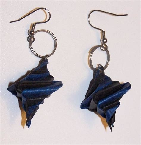 How To Make Earrings Out Of Paper - origami spiral earrings 183 how to make a set of paper