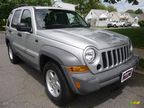 silver jeep liberty 2005 bright silver metallic jeep liberty sport 49195124