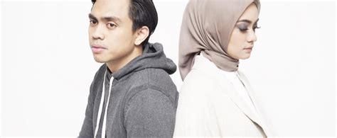 film layar lebar indonesia bikin baper film dilan bikin baper teman tapi menikah double baper